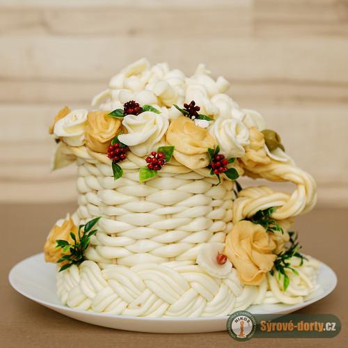 Sýrový ,,korbel,, zdobený růžemi